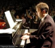 gr_radom_piano_2007